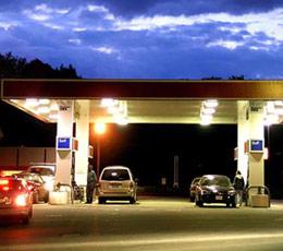 Από ποια πλευρά μπαίνετε στο βενζινάδικο;